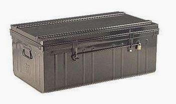 la cantine militaire plus qu 39 un simple bagage surplus. Black Bedroom Furniture Sets. Home Design Ideas