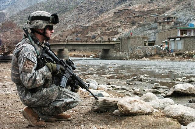 c44e7dd7 Les forces armées des Etats-Unis d'Amérique sont composées de 5 branches :  l'US Army ...