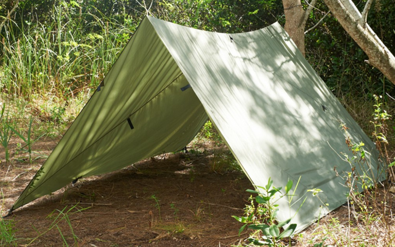 notre s lection hebdomadaire sp cial tente militaire. Black Bedroom Furniture Sets. Home Design Ideas